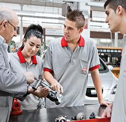 Iván Vendrell and his colleagues at SEAT (photo)